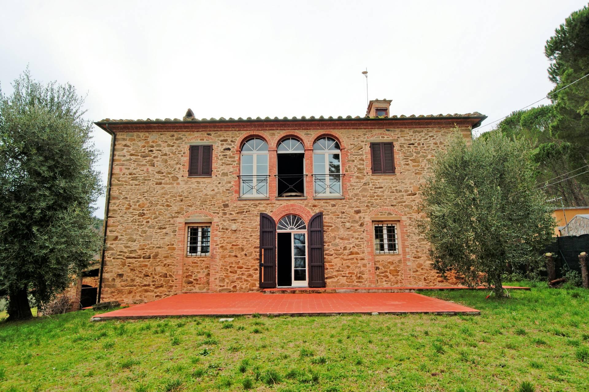 999-Casa colonica ristrutturata con parco e vista panoramica-Chianni-1 Agenzia Immobiliare ASIP