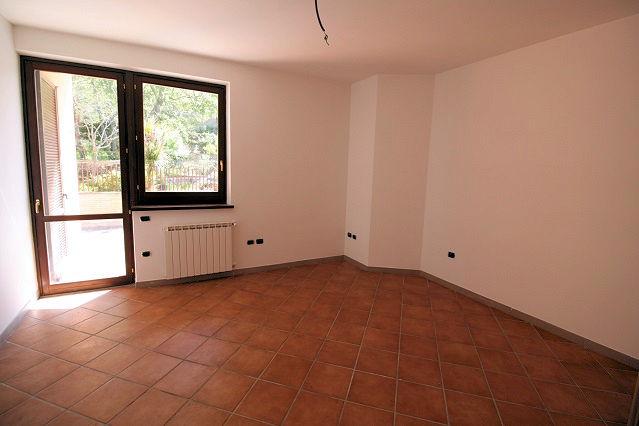 1003-Villa bifamiliare con piscina e vista lago-Bolsena-11 Agenzia Immobiliare ASIP