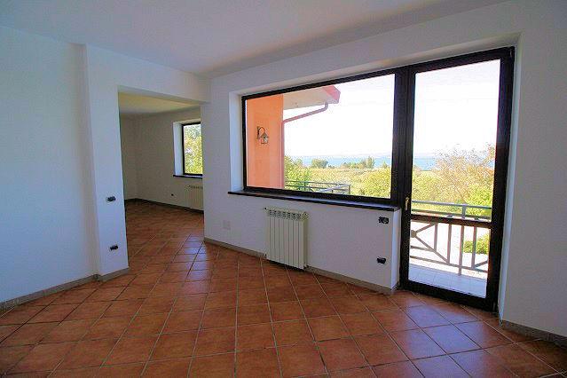 1003-Villa bifamiliare con piscina e vista lago-Bolsena-13 Agenzia Immobiliare ASIP