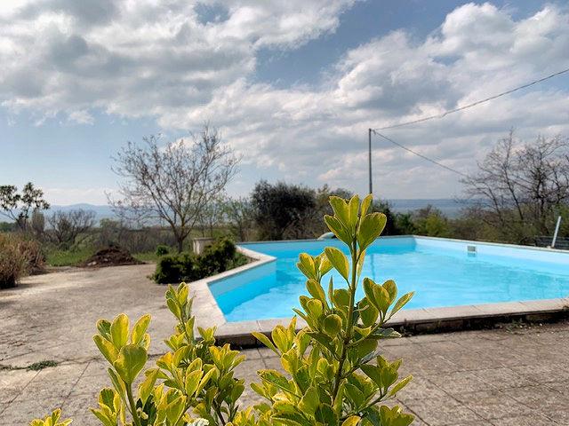 1003-Villa bifamiliare con piscina e vista lago-Bolsena-2 Agenzia Immobiliare ASIP