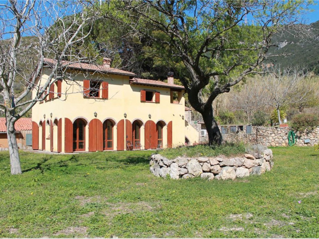 1021-Casale ristrutturato con vista panoramica-Monte Argentario-1 Agenzia Immobiliare ASIP