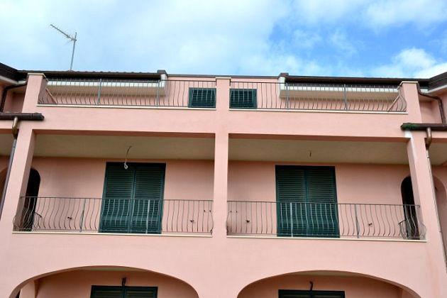 1017-Complesso immobiliare di nuova costruzione con piscina-San Vincenzo-3 Agenzia Immobiliare ASIP