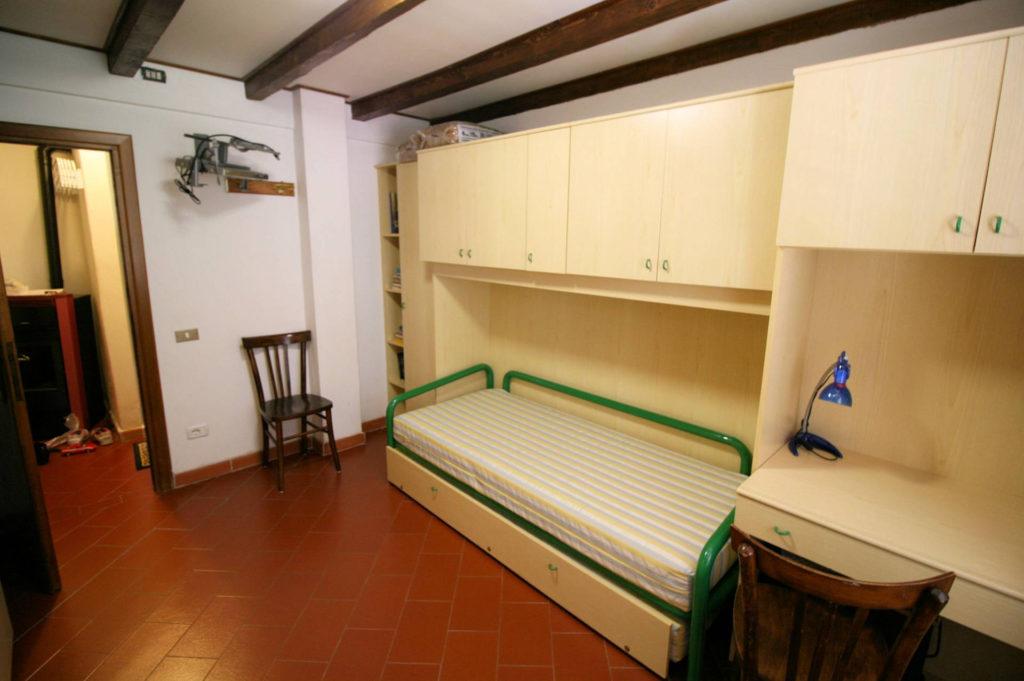 1029-Appartamento al piano primo con vista panoramica e piccolo giardino-Cutigliano-8 Agenzia Immobiliare ASIP