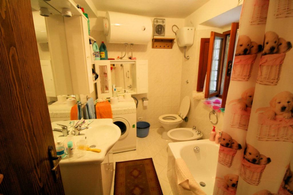 1029-Appartamento al piano primo con vista panoramica e piccolo giardino-Cutigliano-9 Agenzia Immobiliare ASIP