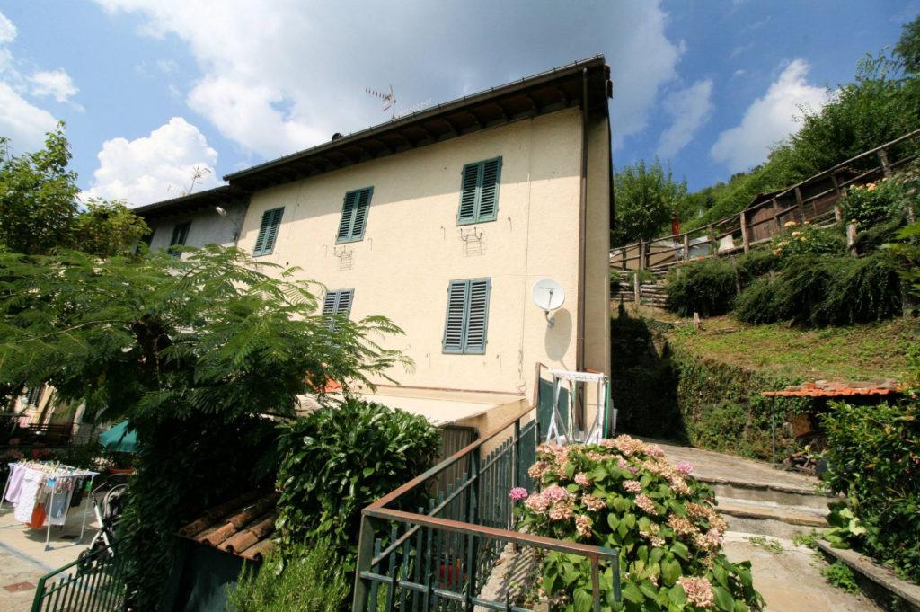 1029-Appartamento al piano primo con vista panoramica e piccolo giardino-Cutigliano-10 Agenzia Immobiliare ASIP