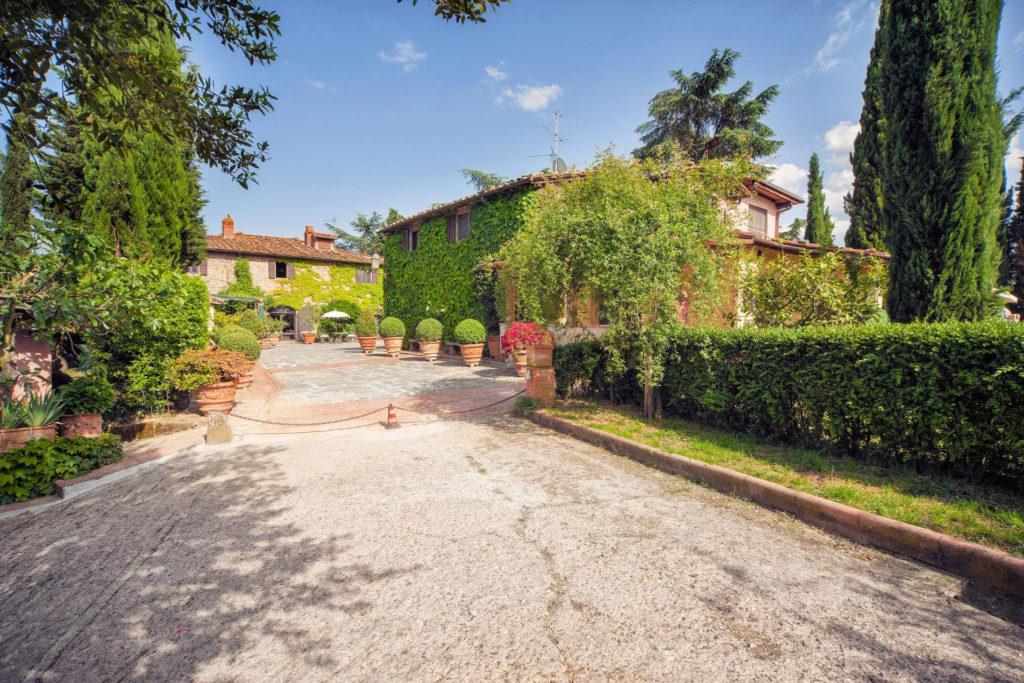 1053-Compendio immobiliare di alto prestigio-Figline e Incisa Valdarno-2 Agenzia Immobiliare ASIP