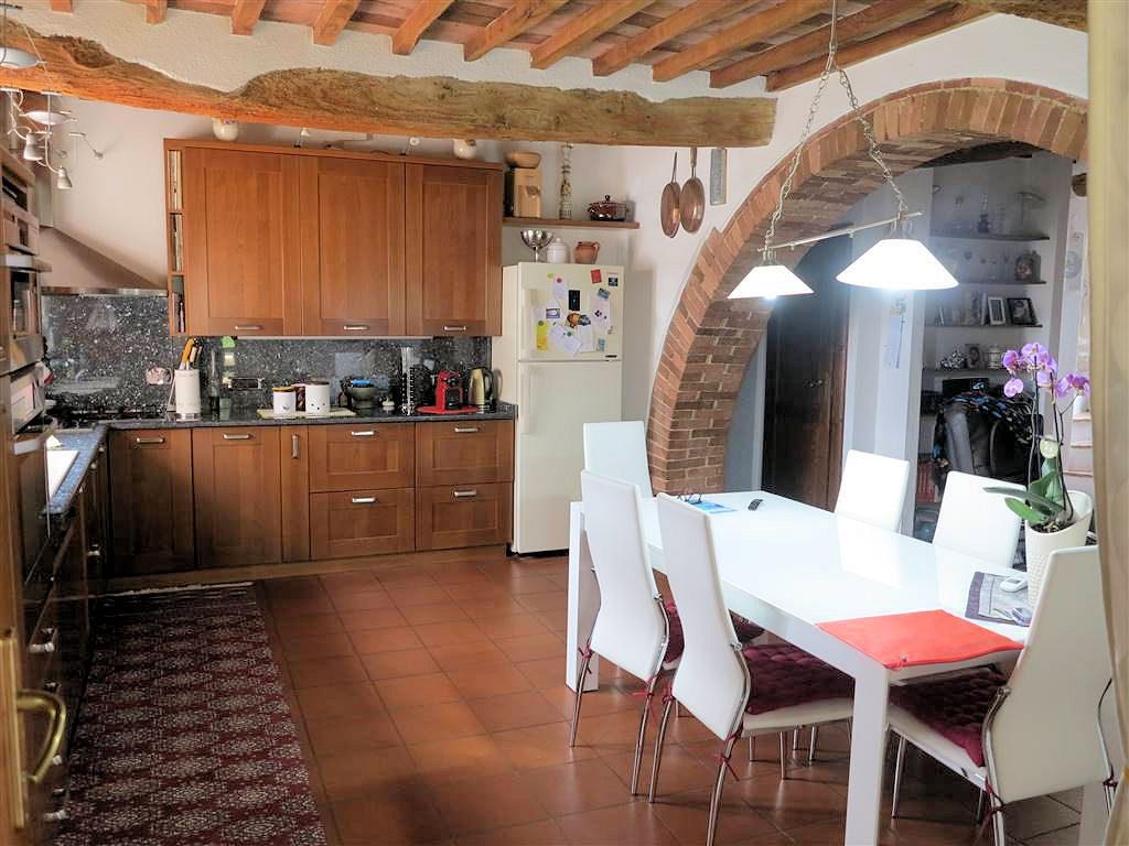 1061-Casale ristrutturato con parco e piscina a pochi chilometri dal mare-Gavorrano-15 Agenzia Immobiliare ASIP