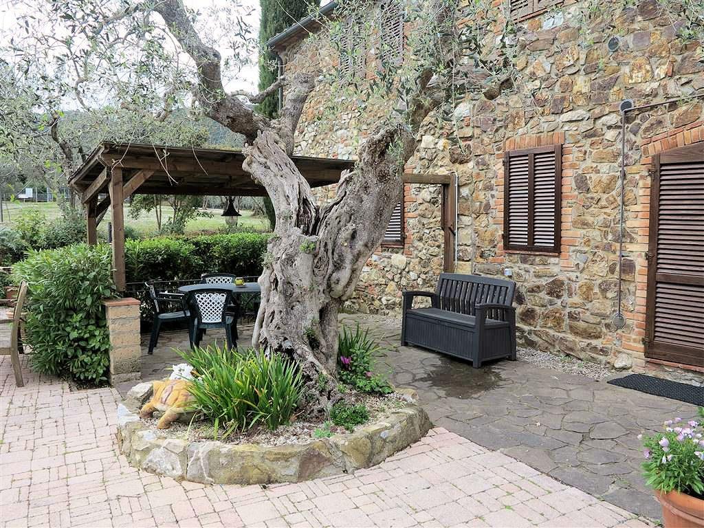 1061-Casale ristrutturato con parco e piscina a pochi chilometri dal mare-Gavorrano-8 Agenzia Immobiliare ASIP