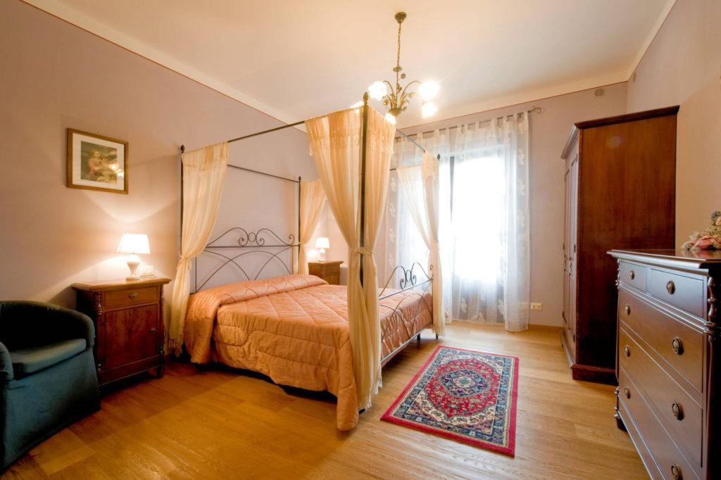1095-Villa in collina con parco e piscina-Civitella in Val di Chiana-16 Agenzia Immobiliare ASIP