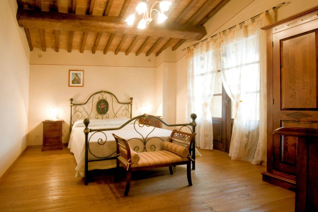 1095-Villa in collina con parco e piscina-Civitella in Val di Chiana-15 Agenzia Immobiliare ASIP