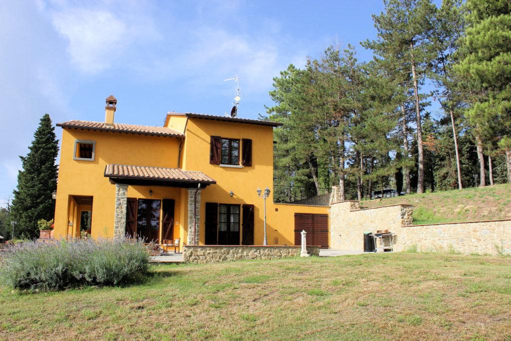 1095-Villa in collina con parco e piscina-Civitella in Val di Chiana-9 Agenzia Immobiliare ASIP