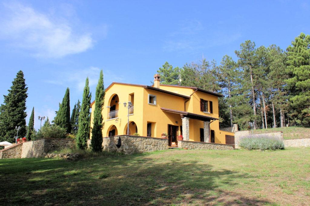 1095-Villa in collina con parco e piscina-Civitella in Val di Chiana-4 Agenzia Immobiliare ASIP