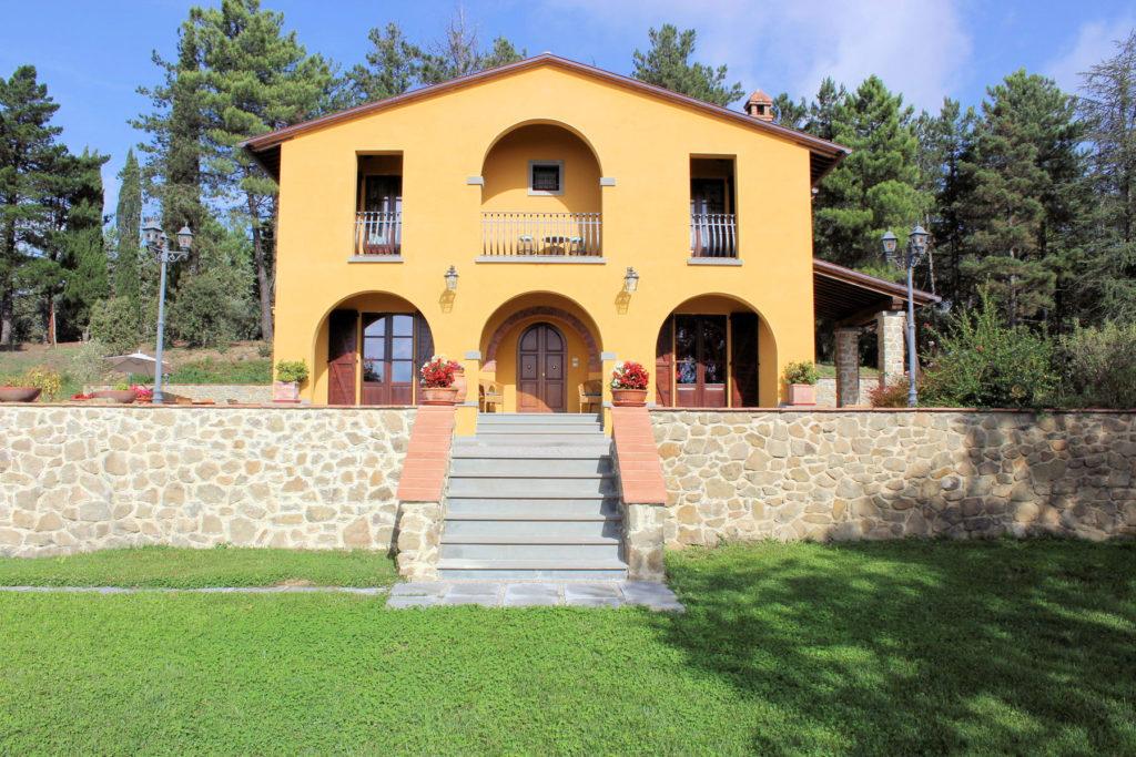 1095-Villa in collina con parco e piscina-Civitella in Val di Chiana-7 Agenzia Immobiliare ASIP