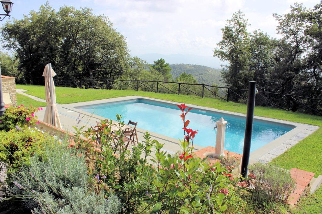 1095-Villa in collina con parco e piscina-Civitella in Val di Chiana-5 Agenzia Immobiliare ASIP