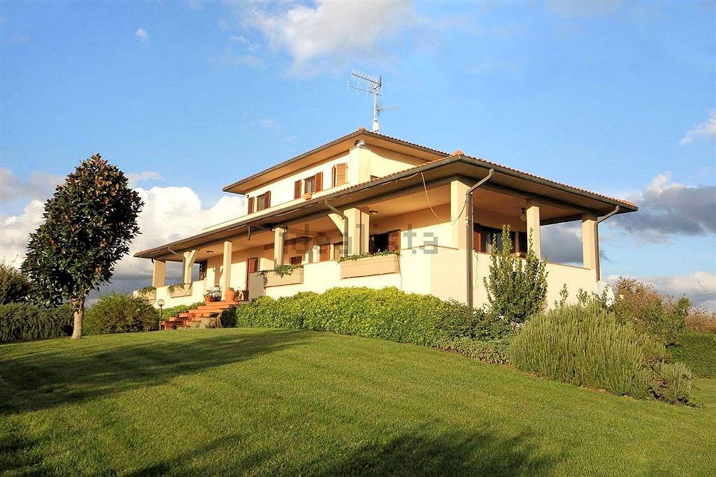 1097-Villa singola con giardino e vista panoramica-Scarlino-1 Agenzia Immobiliare ASIP