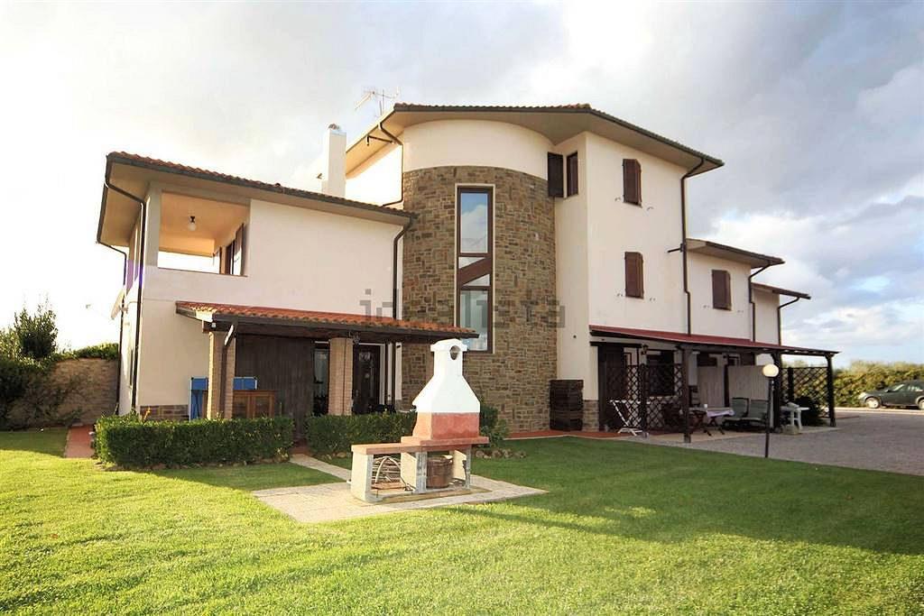 1097-Villa singola con giardino e vista panoramica-Scarlino-3 Agenzia Immobiliare ASIP