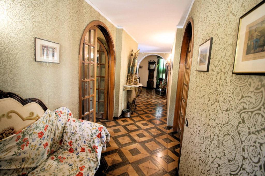 1100-Appartamento indipendente di ampia superficie con terrazza panoramica-Montecatini-Terme-8 Agenzia Immobiliare ASIP