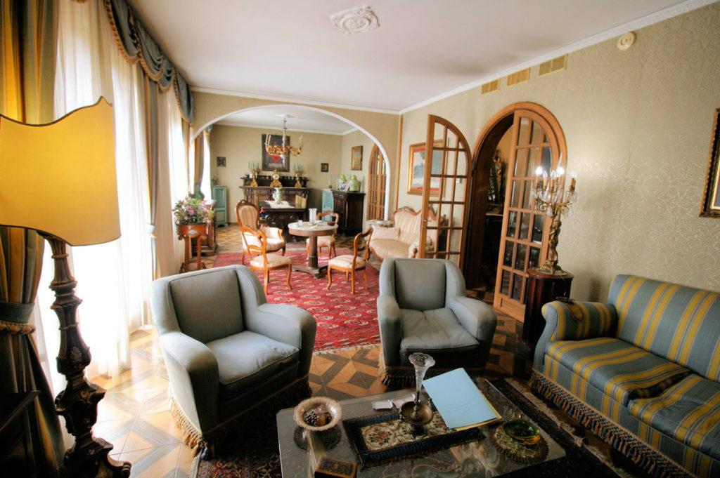 1100-Appartamento indipendente di ampia superficie con terrazza panoramica-Montecatini-Terme-11 Agenzia Immobiliare ASIP