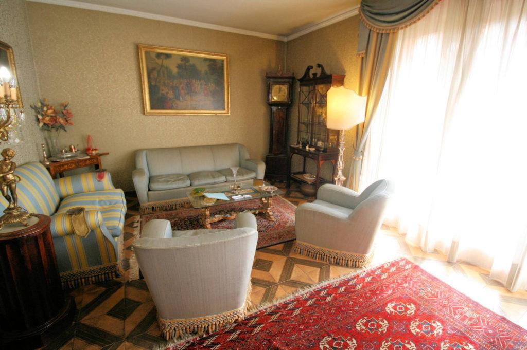1100-Appartamento indipendente di ampia superficie con terrazza panoramica-Montecatini-Terme-6 Agenzia Immobiliare ASIP