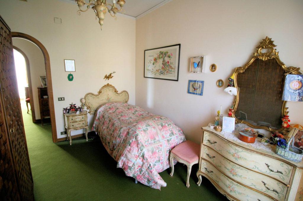 1100-Appartamento indipendente di ampia superficie con terrazza panoramica-Montecatini-Terme-17 Agenzia Immobiliare ASIP