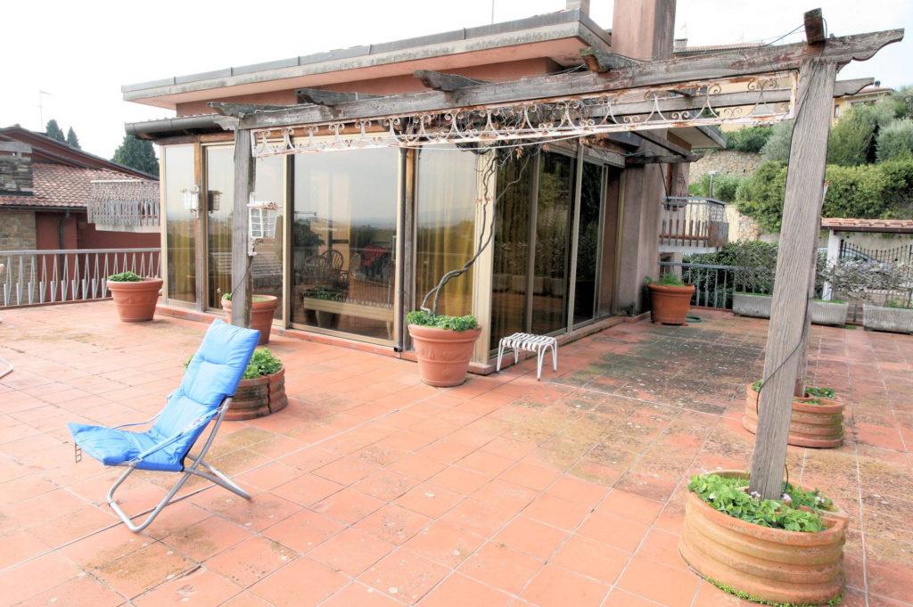 1100-Appartamento indipendente di ampia superficie con terrazza panoramica-Montecatini-Terme-4 Agenzia Immobiliare ASIP