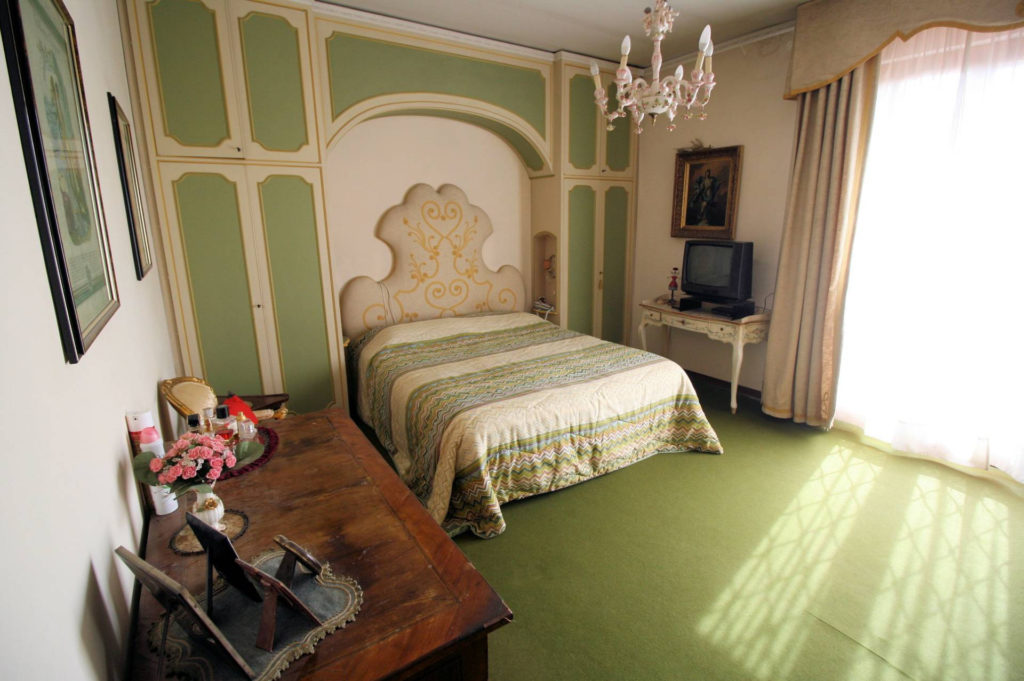 1100-Appartamento indipendente di ampia superficie con terrazza panoramica-Montecatini-Terme-15 Agenzia Immobiliare ASIP