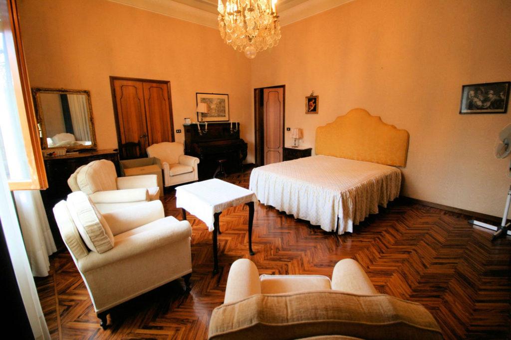 1119-Villa di ampia superficie in ottima zona residenziale-Montecatini-Terme-11 Agenzia Immobiliare ASIP