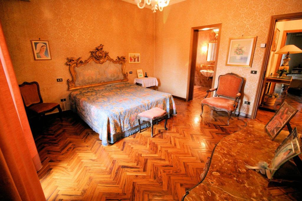 1119-Villa di ampia superficie in ottima zona residenziale-Montecatini-Terme-9 Agenzia Immobiliare ASIP