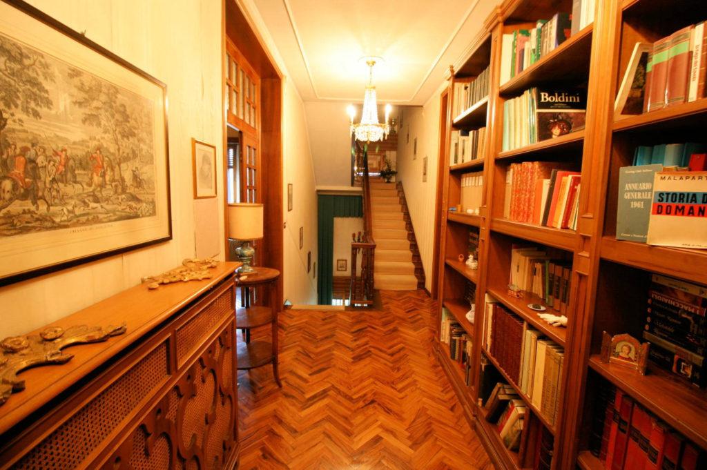 1119-Villa di ampia superficie in ottima zona residenziale-Montecatini-Terme-14 Agenzia Immobiliare ASIP