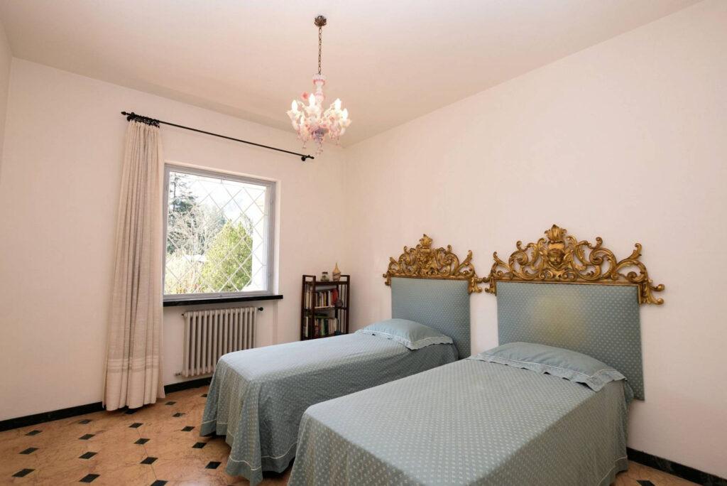 1153-Villa in collina con parco-Camaiore-13 Agenzia Immobiliare ASIP