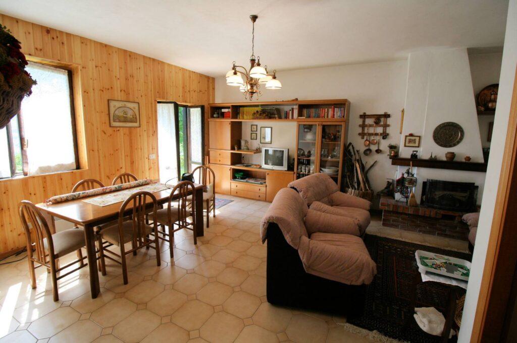 1160-Appartamento al piano terra con giardino-Cutigliano-5 Agenzia Immobiliare ASIP