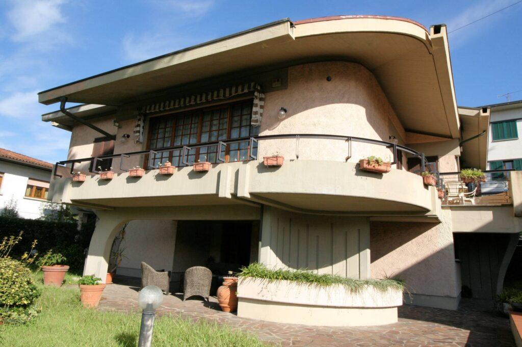 1203-Villa unifamiliare di grande metratura con giardino-Montecatini-Terme-17 Agenzia Immobiliare ASIP