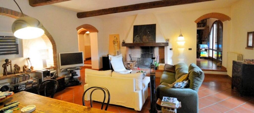 1239-Ex fienile completamente ristrutturato-San Gimignano-7 Agenzia Immobiliare ASIP