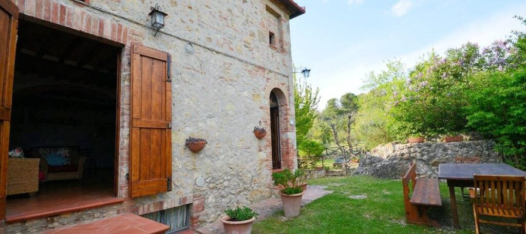 1241-Porzione di casolare con fienile oliveto e vigneto-Murlo-20 Agenzia Immobiliare ASIP