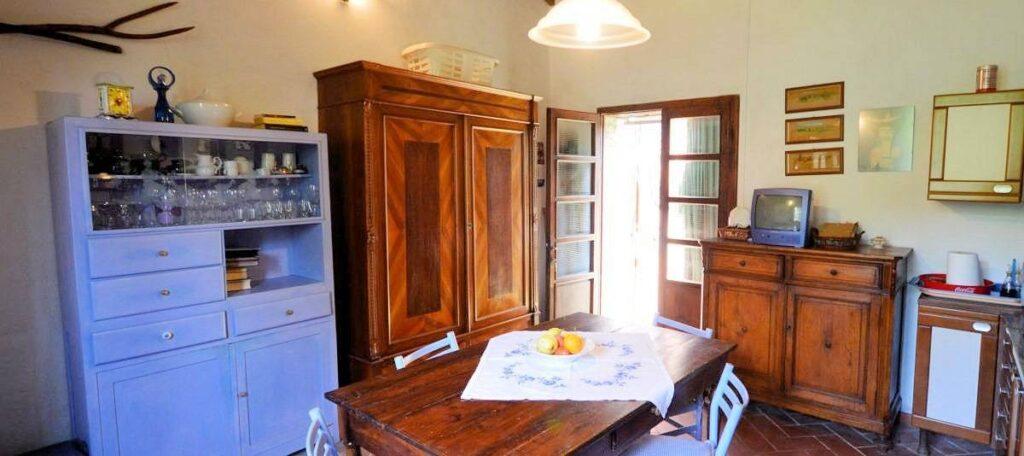 1241-Porzione di casolare con fienile oliveto e vigneto-Murlo-13 Agenzia Immobiliare ASIP
