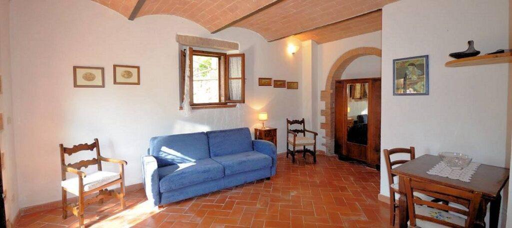 1241-Porzione di casolare con fienile oliveto e vigneto-Murlo-9 Agenzia Immobiliare ASIP