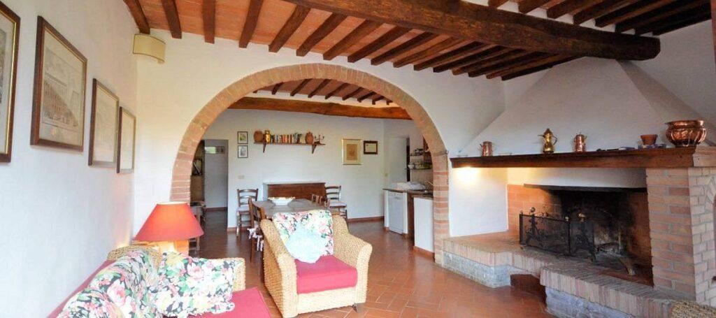 1241-Porzione di casolare con fienile oliveto e vigneto-Murlo-7 Agenzia Immobiliare ASIP