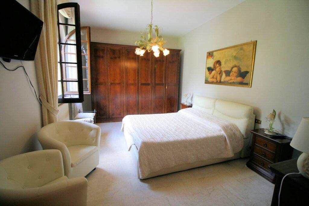 1248-Villa prestigiosa con parco e piscina-Pietrasanta-11 Agenzia Immobiliare ASIP