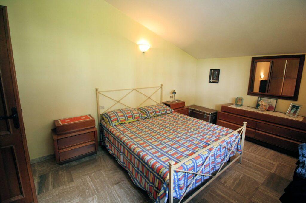 1248-Villa prestigiosa con parco e piscina-Pietrasanta-19 Agenzia Immobiliare ASIP