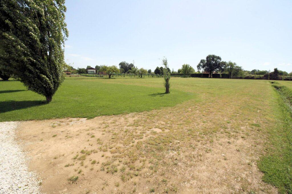 1248-Villa prestigiosa con parco e piscina-Pietrasanta-20 Agenzia Immobiliare ASIP