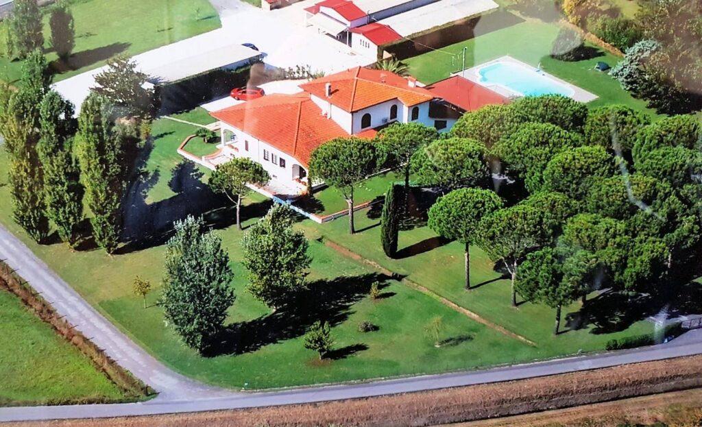 1248-Villa prestigiosa con parco e piscina-Pietrasanta-5 Agenzia Immobiliare ASIP