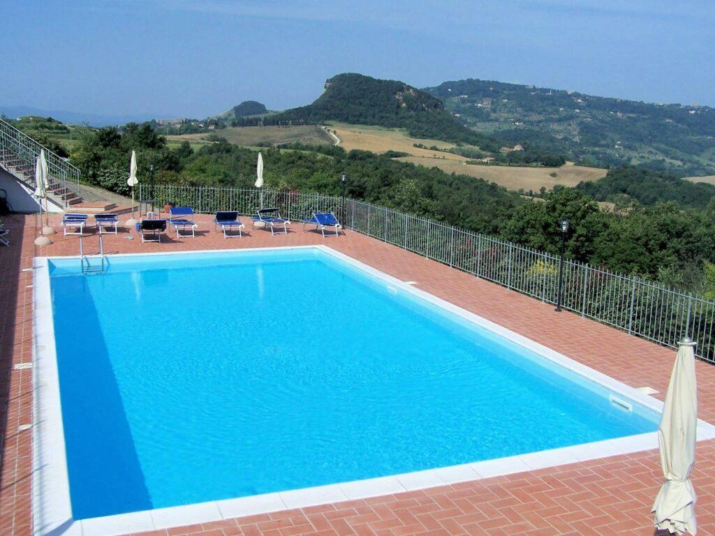 1249-Bellissima casa vacanze con parco e piscina in zona panoramica-Volterra-5 Agenzia Immobiliare ASIP