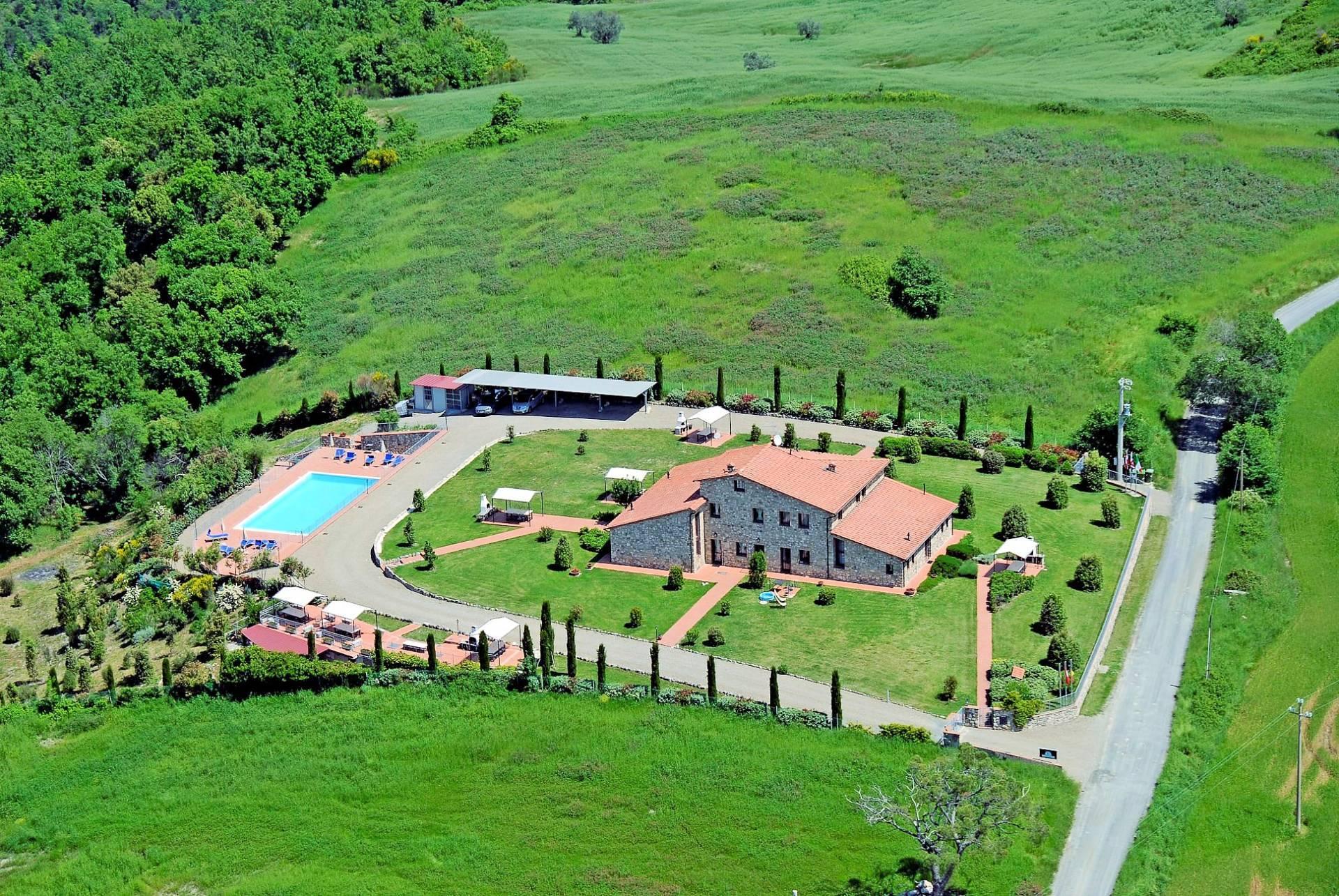 1249-Bellissima casa vacanze con parco e piscina in zona panoramica-Volterra-1 Agenzia Immobiliare ASIP