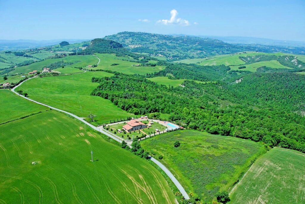 1249-Bellissima casa vacanze con parco e piscina in zona panoramica-Volterra-3 Agenzia Immobiliare ASIP