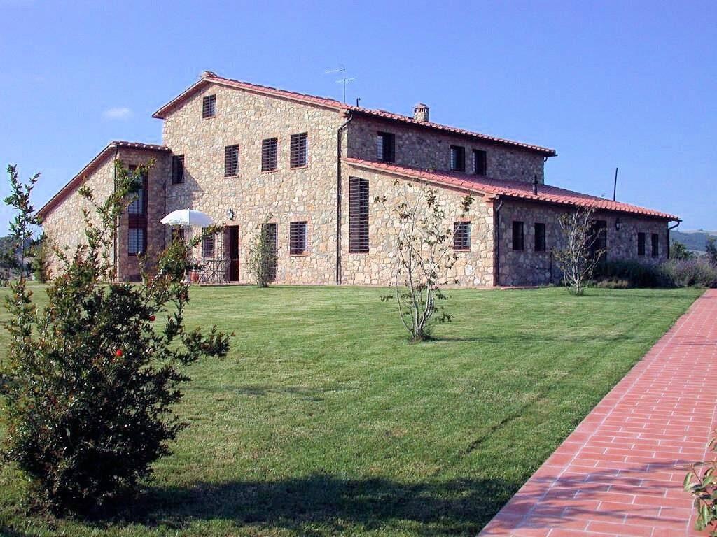 1249-Bellissima casa vacanze con parco e piscina in zona panoramica-Volterra-4 Agenzia Immobiliare ASIP