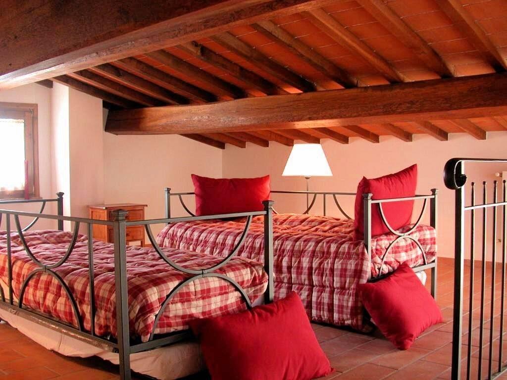 1249-Bellissima casa vacanze con parco e piscina in zona panoramica-Volterra-19 Agenzia Immobiliare ASIP