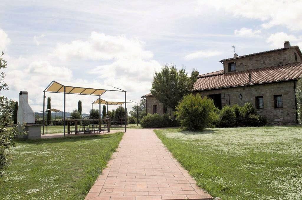 1249-Bellissima casa vacanze con parco e piscina in zona panoramica-Volterra-8 Agenzia Immobiliare ASIP