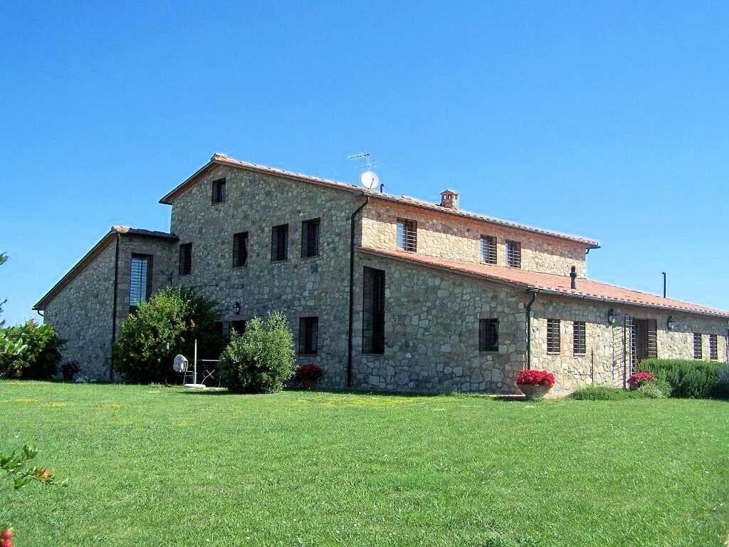 1249-Bellissima casa vacanze con parco e piscina in zona panoramica-Volterra-2 Agenzia Immobiliare ASIP