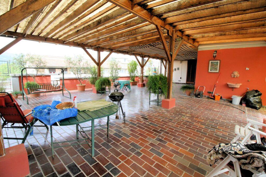 1251-Bellissimo attico con ampia terrazza-Pistoia-2 Agenzia Immobiliare ASIP