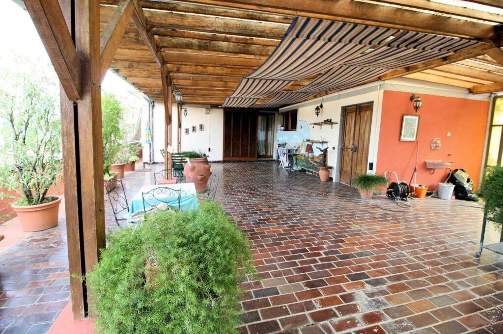 1251-Bellissimo attico con ampia terrazza-Pistoia-4 Agenzia Immobiliare ASIP